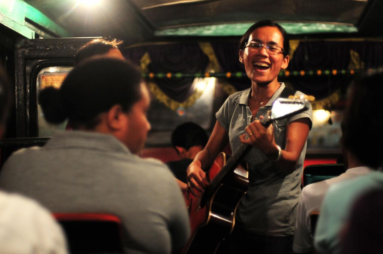 【個展】市川亮 写真展「歌、生きる~Stage on the Street / Indonesia~」